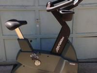 Life Fitness Upright bike 9500 HR. Outstanding