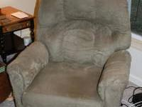 2-Way Recline Lift Chair. Soft Gel touch buttons for