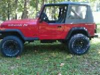 Wrangler YJ 5 speed shifts and runs great. NO RUST. 4