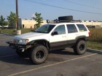 "1999 Jeep Grand Cherokee Limited. Lifted 4"", Fenders"