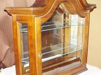 VTG. LIGHTED CATHEDRAL WALL or TABLE TOP CURIO W/ 2
