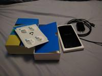 I'm selling my carefully utilized 16GB Nexus 5. I