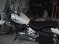 Like new. 2005 Suzuki Boulevard, S40. No scratches,