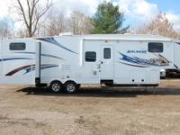 2011 Avalanche 340TG Quad Slide Fifth Wheel with