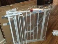 for sale a pet gate in like new conditions, used for a
