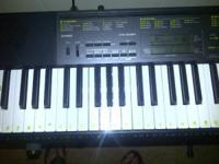 Like new electric Piano Casio!!! Standard size... Only