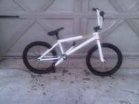 I am selling a Haro Forum Intro Lite. This bike has had