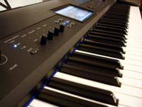Selling my Krome 88 keyboard/synth/workstation its in