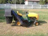 Lawn Tractor, shift on the go, with mulching kit. Twin