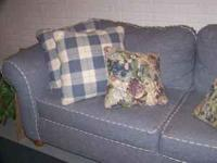 Barely used love seat and sofa w/ matching pillows
