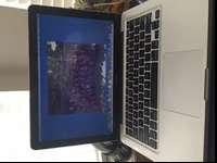 "LIKE NEW!! MACBOOK PRO 13"" 8 GB! 1 YEAR OLD! APPLE"