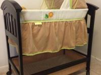 For sale Summer Infant bassinet in mint condition,