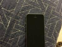 Mint condition Apple iPhone 5S 16GB GSM Space Gray