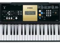 """LIKE-NEW"" Yamaha YPT-220 61 Key Personal Keyboard with"