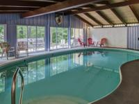 Four Seasons Lodge is a Vacation Rental located in