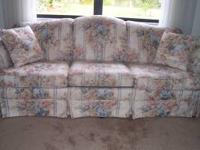 Beautiful Like New Sofa. Pretty pastel colors. No wear
