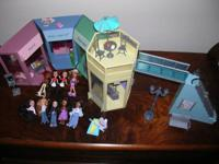 Great Collection. Cash Only.  5 Lil Bratz dolls and a