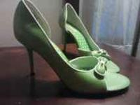These are size 8 lime green heels! They are open toed