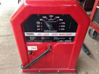 In good working condition. Constant current AC welder