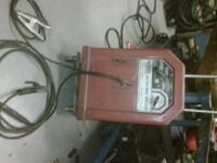 AC/DC WELDER. SINGLE PHASE 230V INPUT. $250 OBO. AC 225