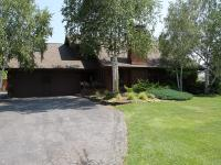 Beautiful 5+ Bed/ 3 Bath custom home nestled on a
