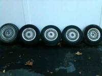 selling 5 rims with brand new tires came off a lincoln
