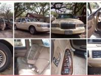 GOTTA SELL MY BABY. CLASSIC LINCOLN TOWN CAR! LAST OF