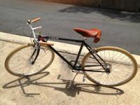 Here is a beautiful Linus Gaston 5 (5 speed) with