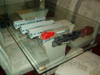 Several sets of Lionel Trains 1940's and 1950's Several
