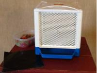I am selling this LIte Brite Cube included is a box of