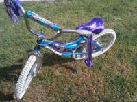 This little girls bike is in Awesome Condition and