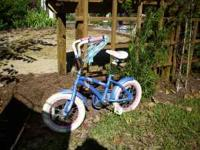 Adorable little girls bike just in time for the
