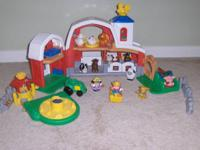 FISHER PRICE * LITTLE PEOPLE * ANIMAL SOUNDS FARM.