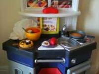Little Tikes Cook 'N Learn Kitchen Everything you see