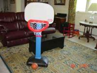 Little Tikes Easy Score Basketball Set. Excellent