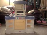 Little tikes family kitchen for sale, like new. $10.00