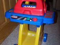 Kids Little Tikes Grill lights n' sound. Excellent