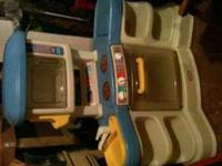 little tikes kitchen looks like new 55.00 email or call