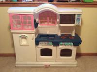 Play kitchen set.