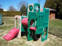 LITTLE TIKES PLAYGROUND SET IN NICE SHAPE MISSING BIG