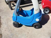 Little tikes police coupe ride toy. Door opens to get