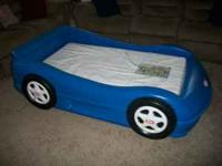 Little Tikes race car toddler bed. Excellent condition,