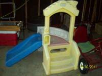 nice little tikes slide $10 call  Location: rockford