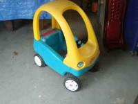 Little Tikes toddler car, good condition 40.00 dollars