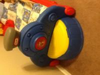 Little tikes toddler train bed, used. Small toy box