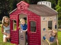 FOR SALE: LIKE BRAND NEW, LITTLE TIKES TOWN PLAYHOUSE.