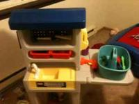 My son has outgrown his little tikes work bench so we