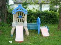 wanting to get rid of this little tykes playhouse