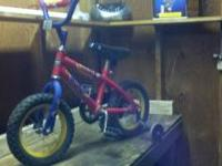 Very nice huffy little boys bike. used one summer only