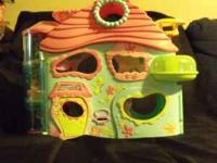 I have the littlest Biggest pet shop building. I paid